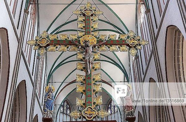Kruzifix  Triumphkreuz  Dom  Schwerin  Mecklenburg-Vorpommern  Deutschland  Europa