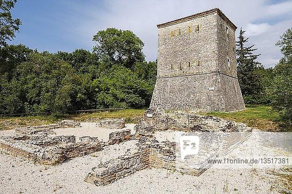 Venezianischer Wachturm  antike Stadt Butrint  Nationalpark Butrint  bei Saranda  Qark Vlora  Albanien  Europa