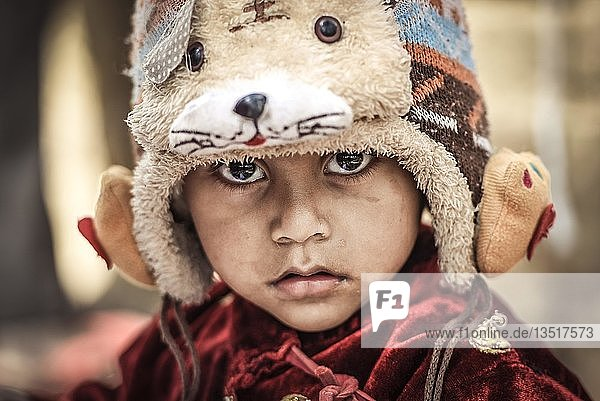 Kind mit Mütze  Kathmandu  Nepal  Asien Kind mit Mütze, Kathmandu, Nepal, Asien