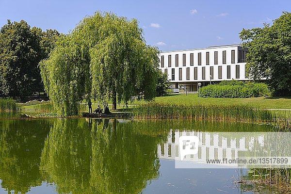 Campus der Universität Augsburg  Augsburg  Schwaben  Bayern  Deutschland  Europa