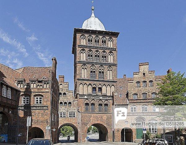 Burgtor  Lübeck  Schleswig-Holstein  Deutschland  Europa