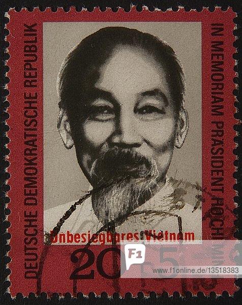 Ho Chi Minh  ein vietnamesischer kommunistischer Revolutionsführer  Porträt auf einer DDR-Marke  Deutschland  Europa