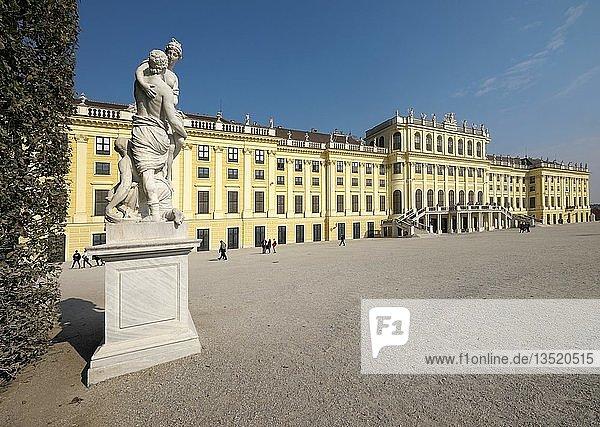 Schloss Schönbrunn  Wien  Österreich  Europa
