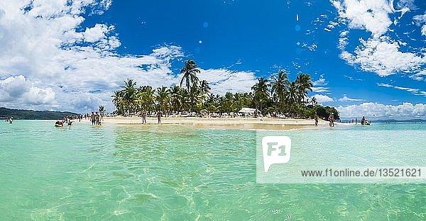 Strand Cayo Levantado  Provinz Samana  Dominikanische Republik  Mittelamerika