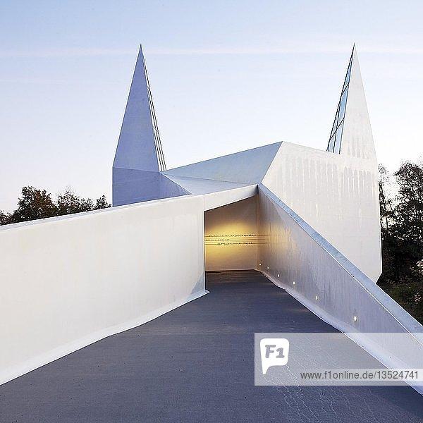 Autobahnkirche Siegerland  an der A 45  Wilnsdorf  Siegerland  Nordrhein-Westfalen  Deutschland  Europa
