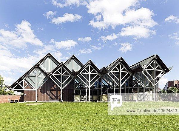 Memminger Stadthalle  Kultur-. und Veranstaltungszentrum  Memmingen  Schwaben  Bayern  Deutschland  Europa