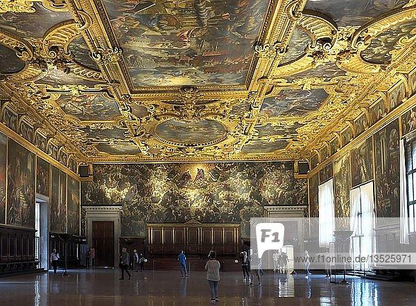 Großer Saal  Dogenpalast  Palazzo Ducale  Markusplatz  Venedig  Venetien  Italien  Europa