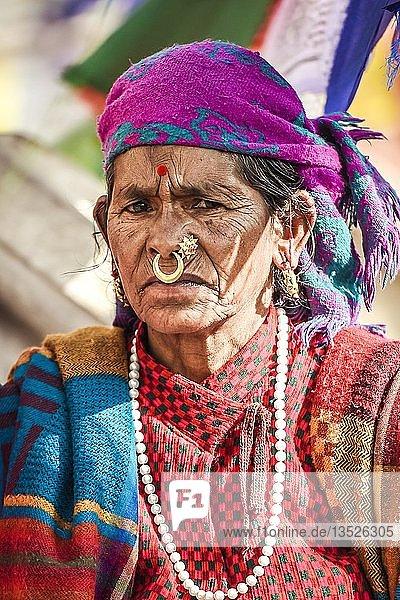 Frau mit Nasenring  Kathmandu  Nepal  Asien Frau mit Nasenring, Kathmandu, Nepal, Asien