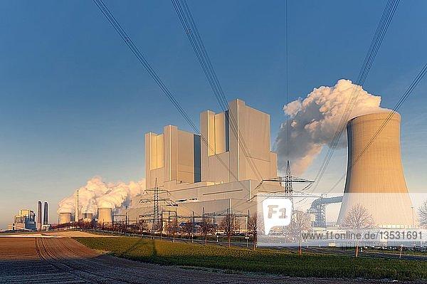 BOA-Braunkohlekaftwerk Neurath  Grevenbroich  Nordrhein-Westfalen  Deutschland  Europa
