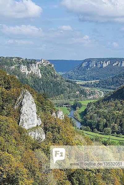 Herbststimmung im Naturpark Obere Donau  Baden-Württemberg  Deutschland  Europa