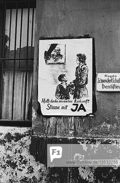 Plakat zum Volksentscheid über die Enteignung von Kriegsverbrechern am 30.Juni 1946  1946  Leipzig  Sachsen  DDR  Deutschland  Europa
