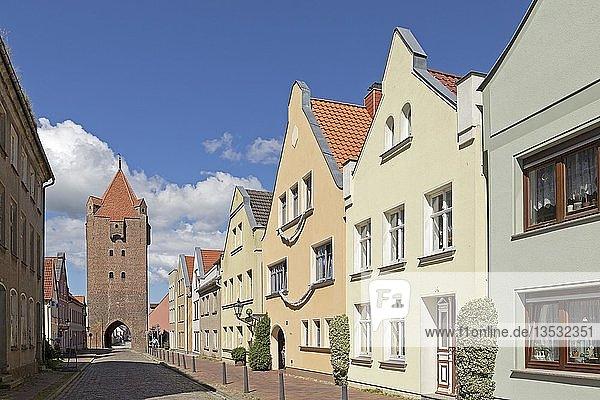 Stadttor  Dammtor  Barth  Mecklenburg-Vorpommern  Deutschland  Europa