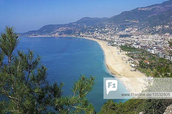 Kleopatra Beach  Stadtstrand in Alanya  Badeort an der türkischen Riviera  Türkei  Asien