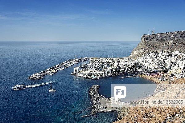 Der Hafenort Puerto de Mogán  Gran Canaria  Kanaren  Spanien  Europa