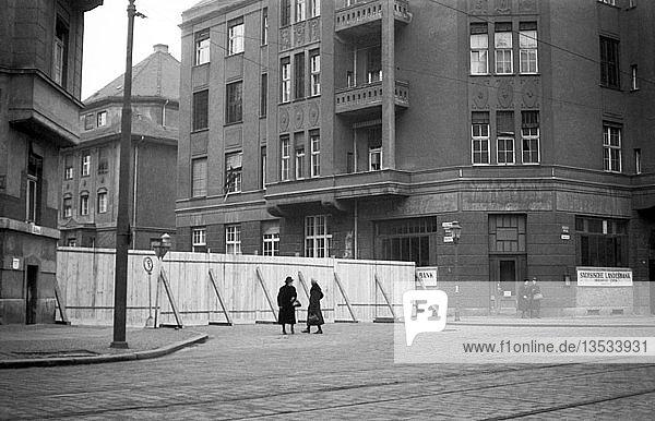 Straßensperrung  1947  Georg-Schumann-Straße  Leipzig  Sachsen  DDR  Deutschland  Europa