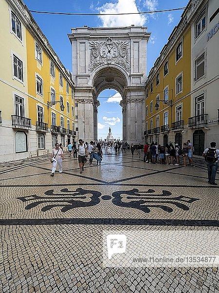 Triumphbogen Arco da Rua Augusta  Baixa  Lissabon  Portugal  Europa