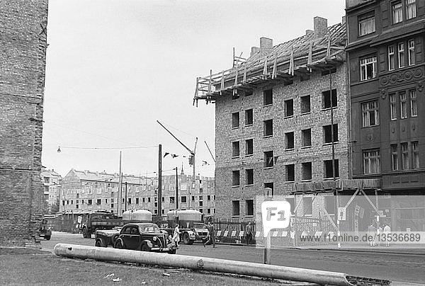 Schließung einer Baulücke  1959  Georg-Schumann-Straße  Leipzig  Sachsen  DDR  Deutschland  Europa