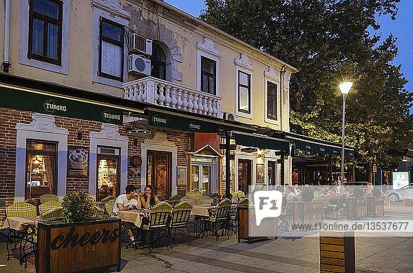 Restaurant in Hercegovacka-Straße  Stadtzentrum Podgorica  Montenegro  Europa