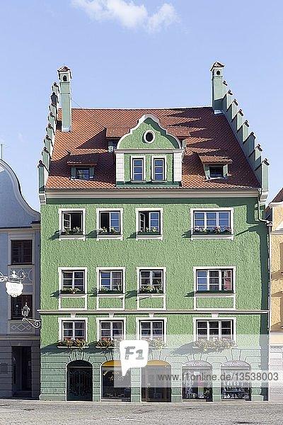 Historisches Bürgerhaus am Markt  Memmingen  Schwaben  Bayern  Deutschland  Europa