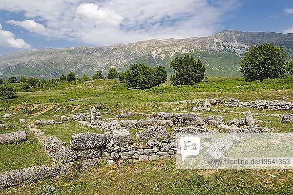 Ausgrabungsstätte Antigoneia  Antigonea  Antigonë  Lunxheria-Gebirge  Qark Gjirokastra  Gjirokastër  Albanien  Europa