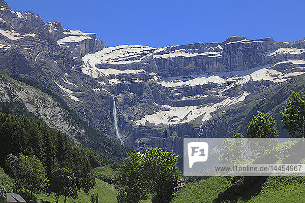France  Occitanie (Midi Pyrenees )  Hautes Pyrenees (65)  Gavarnie Gedre  Cirque de Gavarnie (Unesco world heritage)