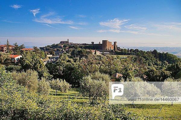Montalcino  Val d'Orcia  UNESCO World Heritage Site  Tuscany  Italy