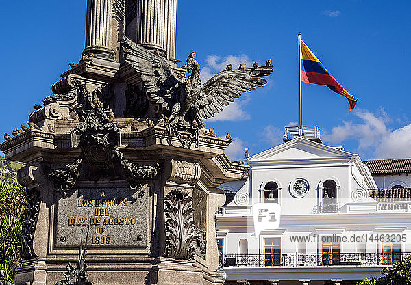 Carondelet Palace at Independence Square (Plaza Grande)  Old Town  Quito  Pichincha Province  Ecuador  South America