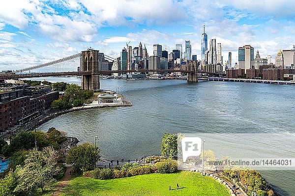 Brooklyn's Main Street Park  the East River  Brooklyn Bridge and Lower Manhattan  New York  United States of America  North America