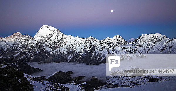 Makalu and Chamlang from Mera Peak  Khumbu  Himalayas  Nepal