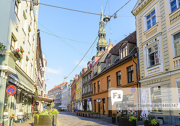 Grecinieku Street with St. Peter's Church in background  Old Town  UNESCO World Heritage Site  Riga  Latvia