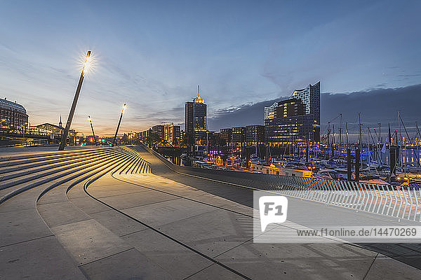 Germany  Hamburg  Hafencity with Elbe Philharmonic Hall in background
