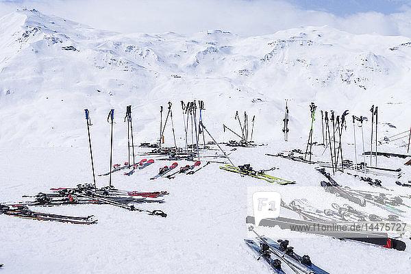Frankreich  Französische Alpen  Les Menuires  Trois Vallees  Skiausrüstung