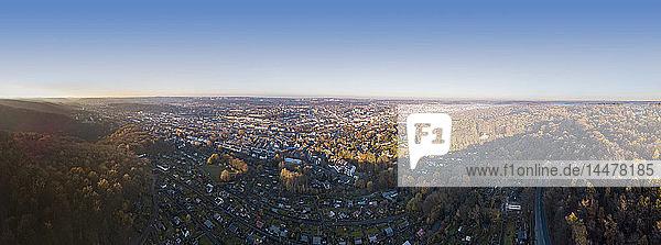 Deutschland  Wuppertal  Luftaufnahme im Herbst