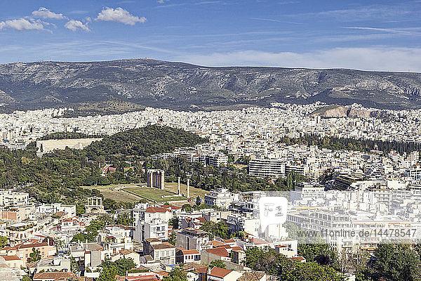 Griechenland  Athen  Blick auf Olympieion und Panathenaic Stadium