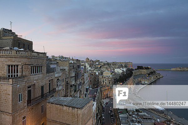 Malta  Valletta  Altstadt  Nachglühen