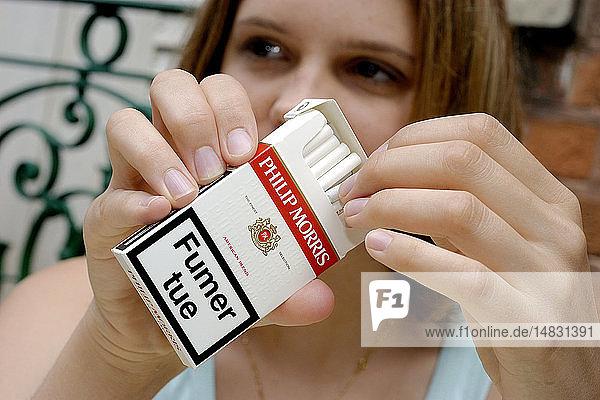 SMOKING AS POLLUTION