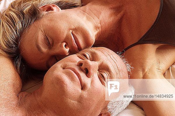NUDE ELDERLY COUPLE