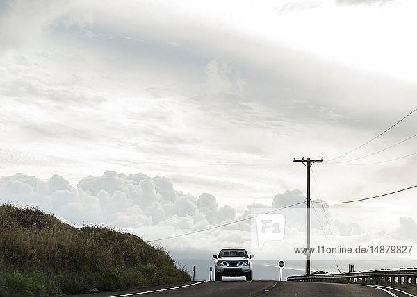 Allradantrieb auf der Straße nach Hana  Maui  Hawaii