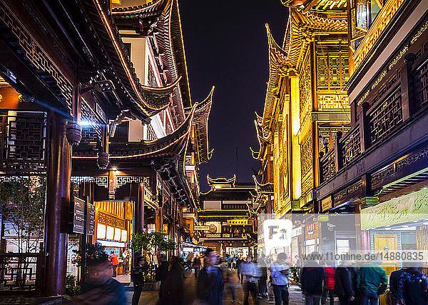 Yuyuan Old Street bei Nacht  Shanghai  China