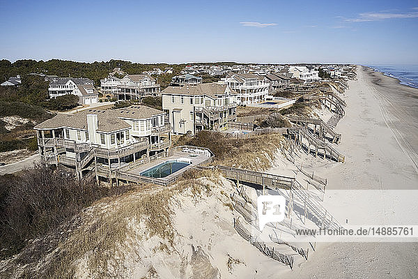 USA. North Carolina  Corolla  Atlantic Ocean  Outer banks  homes facing the shoreline