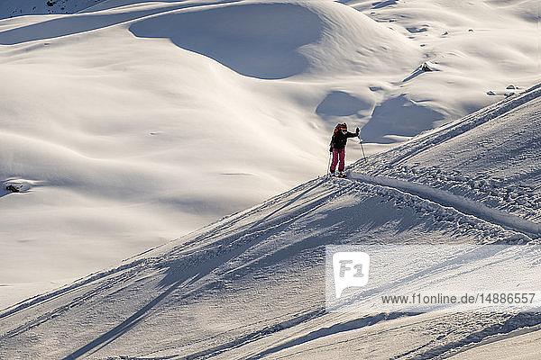 Schweiz  Bagnes  Cabane Marcel Brunet  Mont Rogneux  Skitouren in den Bergen