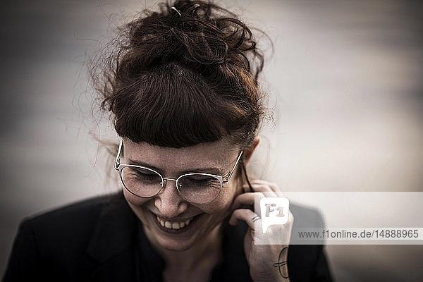 Porträt einer glücklichen Frau