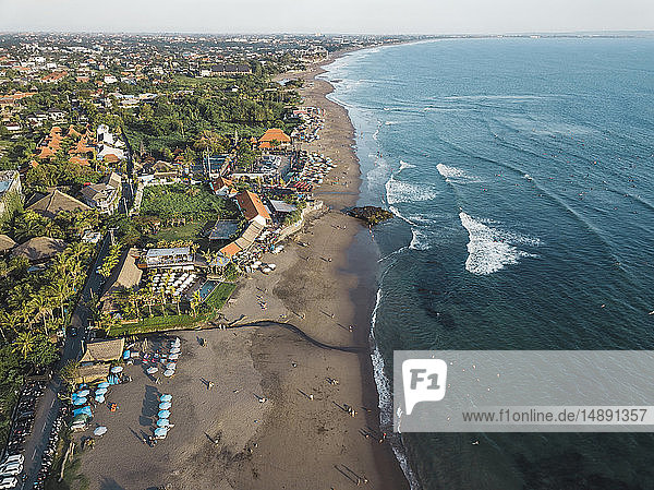 Indonesien,  Bali,  Luftaufnahme des Strandes von Batu Bolong
