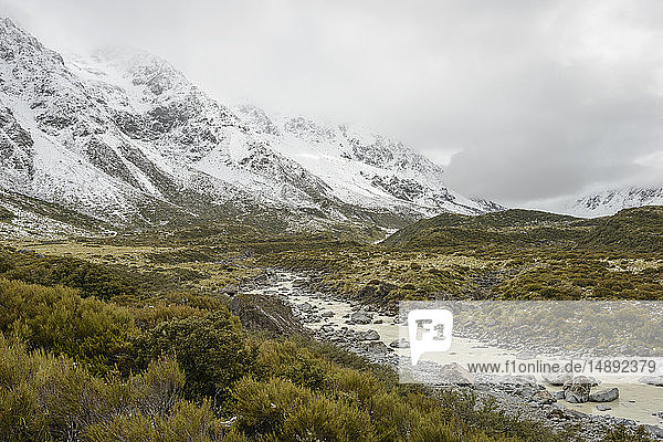 Hooker Valley in Mount Cook National Park  New Zealand