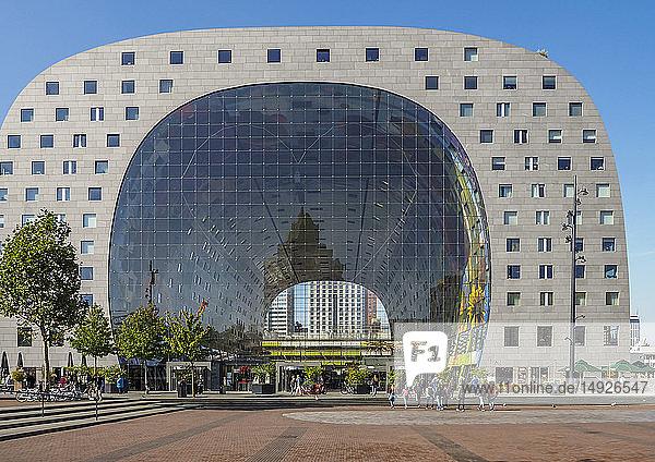 Moderne Markthalle in Rotterdam  Niederlande