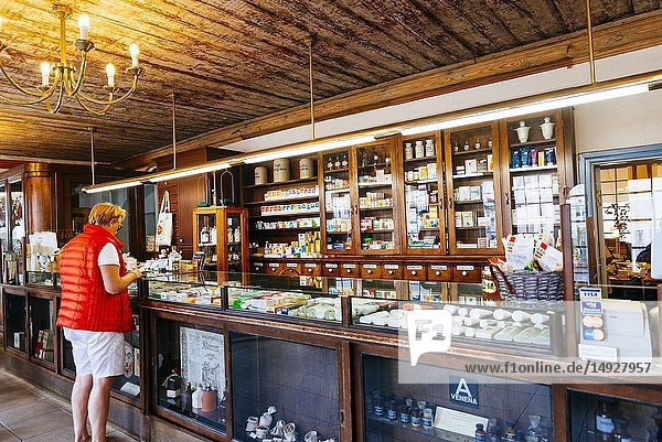 The Raeapteek  Town Hall Pharmacy  is one of the oldest continuously running pharmacies in Europe  having always been in business in the same house since the early 15th century. Tallinn  Harju County  Estonia  Baltic states  Europe.
