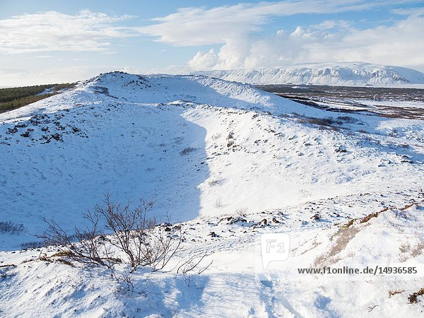 Crater Kerid (Kerith) during winter near Selfoss  part of the Golden Circle. Europe  Northern Europe  Scandinavia  Iceland  February.