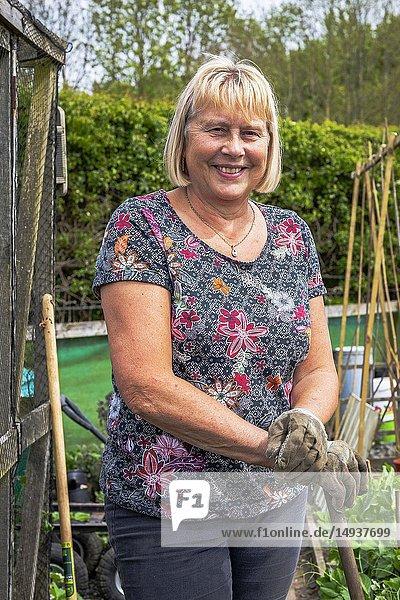 Image of SUZANNE BLAKLEY  Plot 40 Eglinton Gardens  Kilwinning  Eglinton Growers Allotments  Kilwinning  Ayrshire  Scotland  UK.
