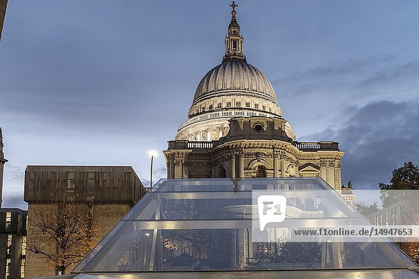 England London One New Change - Saint Paul's Cathedral on a rainy building.