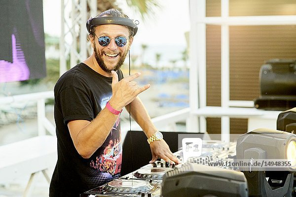 DJ Sebastian Bronk performing at beach club Starbeach  Recovery Pool Party  on 03. August 2018